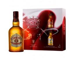 Scotch Whisky 12 Years + 2 Miniatures Chivas Regal 40% vol.